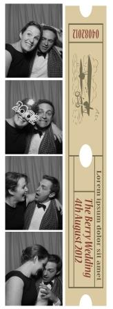 wedding-photo-strip-with-message